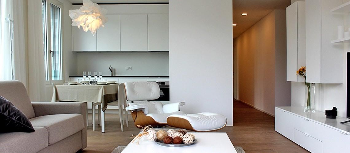 Appartamenti di varie metrature in affitto e locazione complete di servizi, parcheggio, sauna, terrazza.